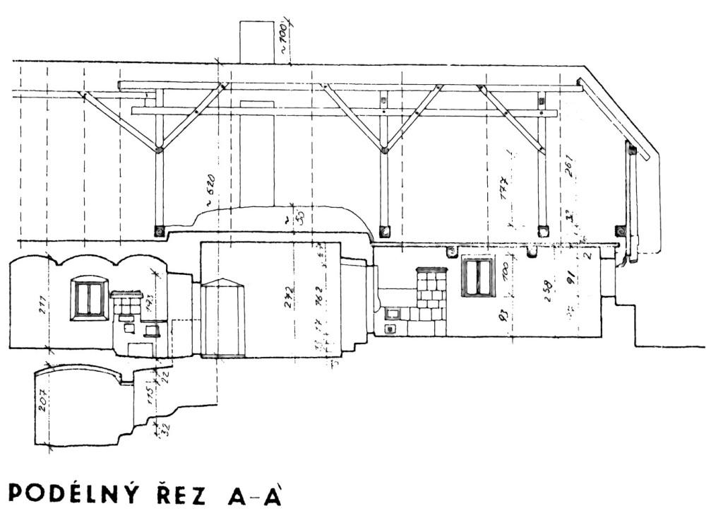 Podélný řez obytnou částí domku č. p. 70 ve Velkém Boru, včetně sklepa.