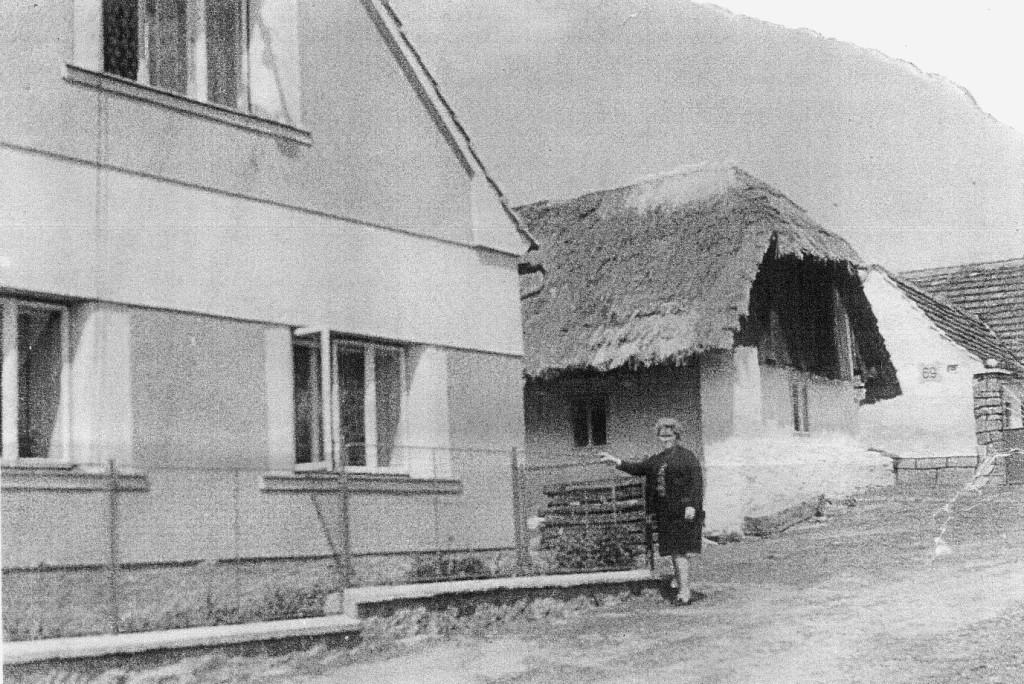 Nový dům na původní parcele domu č. p. 70, který postavila rodina Járů koncem 50. let minulého století. Původní objekt, rodný dům Sylvestra Krnky, je v bezprostředním sousedství za ním.