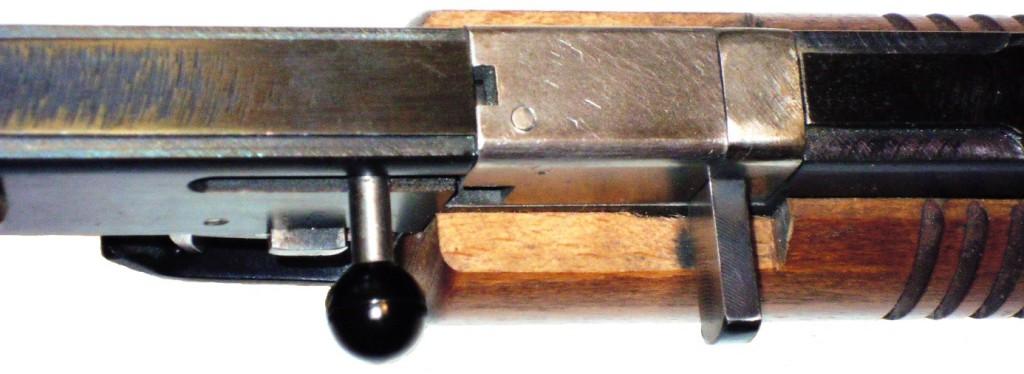 """Detail závěru flobertky modelů """"K"""""""