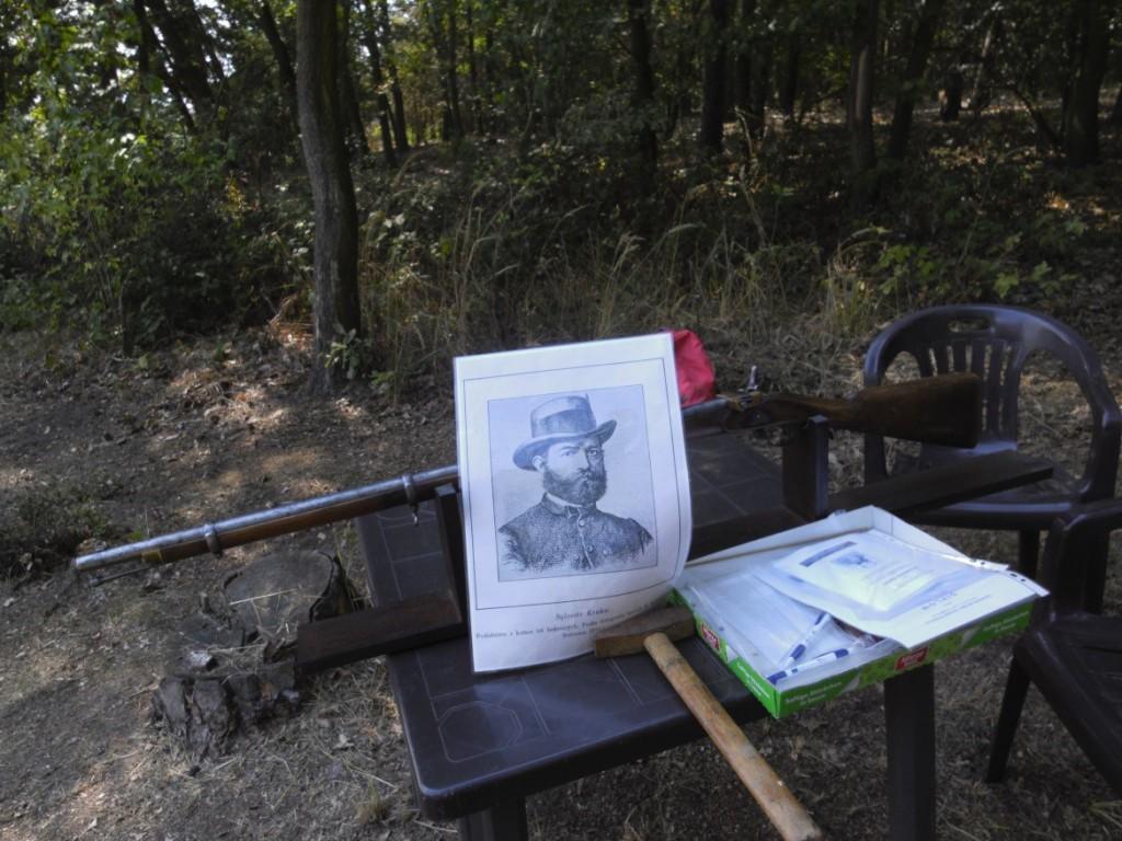 """Na soutěži byl """"přítomen"""" i Sylvestr Krnka se svojí slavnou puškou Krnka 1869"""